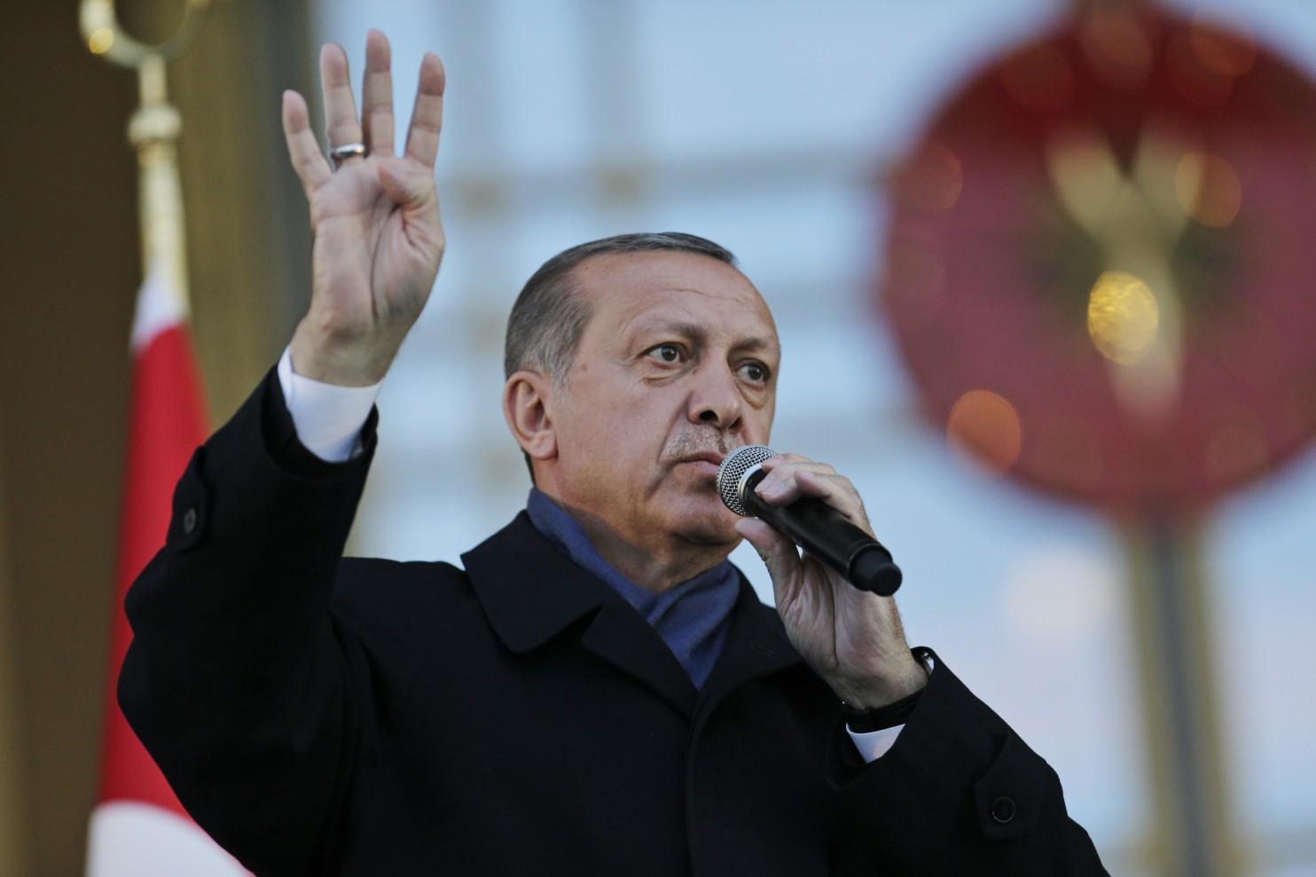 APTOPIX_Turkey_Referendum_45830-86dae-0644.jpg