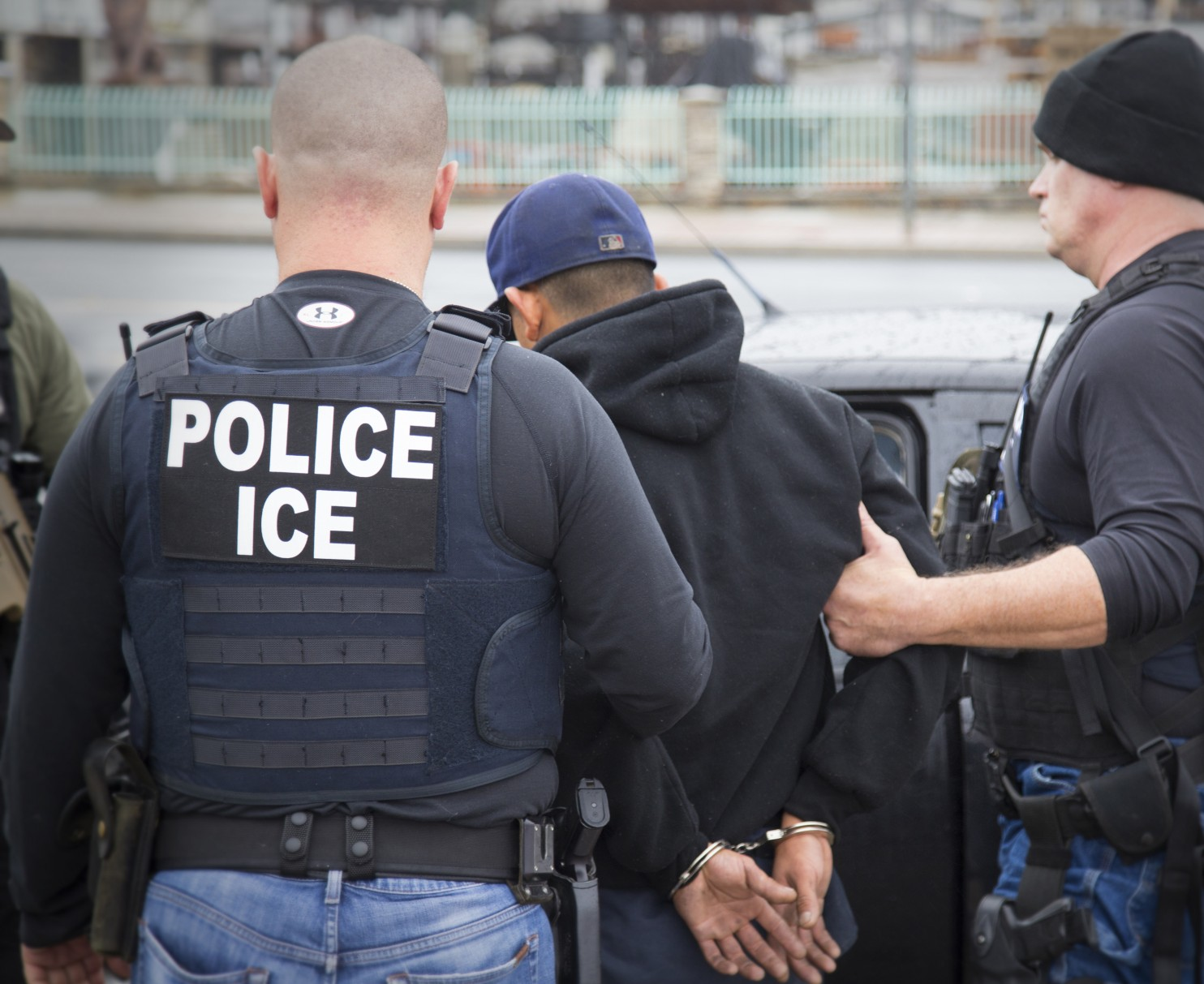 Immigration_Raids_California_72453.jpg-095fd.jpg