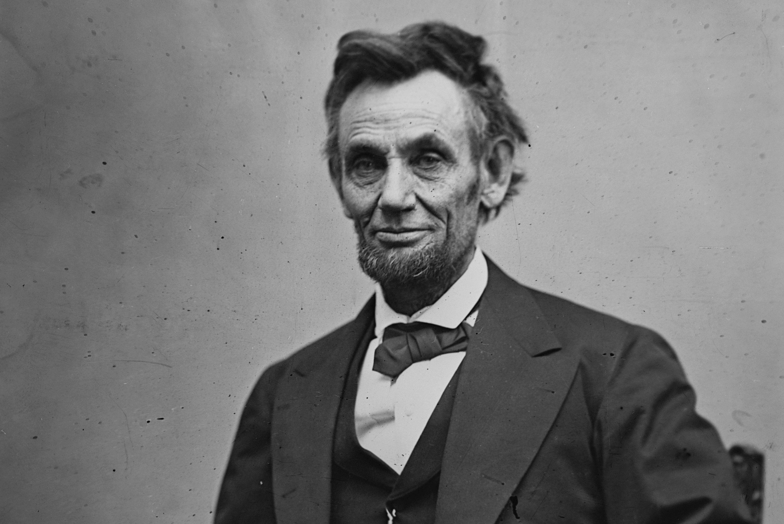 Abraham-Lincoln-Feb65-3170-3x2-56a489563df78cf77282de10.jpg