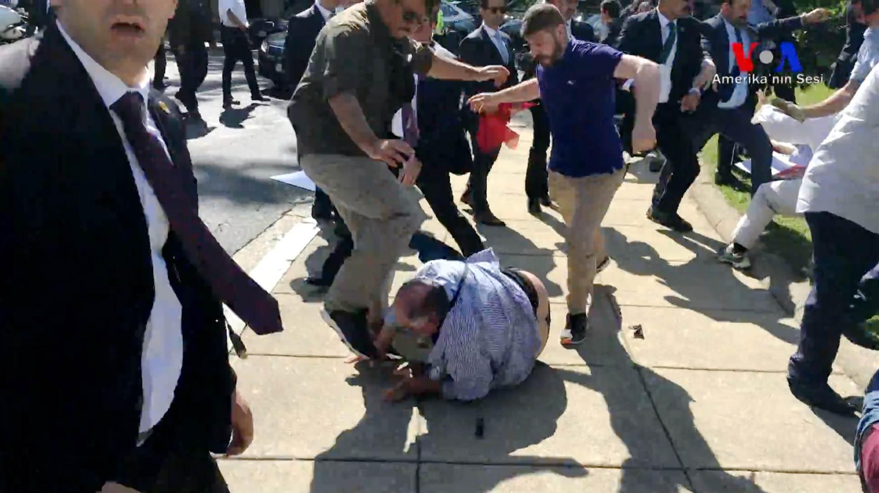 170517-turkey-protests-violence-njs-1243p_f7bea3e445b7034cb9f6301a42f3afef.nbcnews-ux-2880-1000.jpg