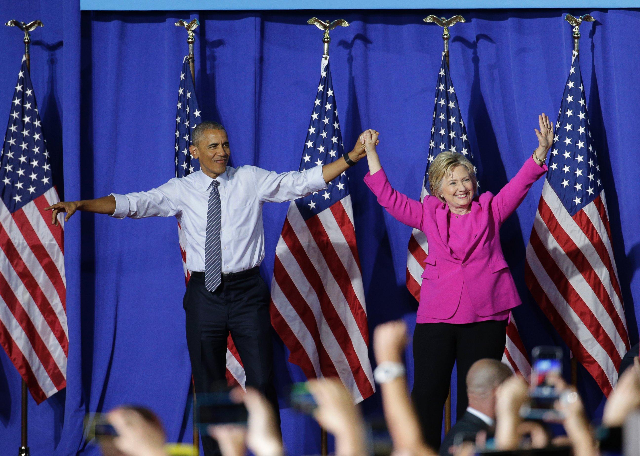 AP_Campaign_Clinton_Obama_MEM_160705.jpg