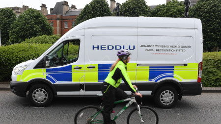 Welsh police testing face recognition cameras