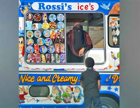 Selling ices in Savile Town