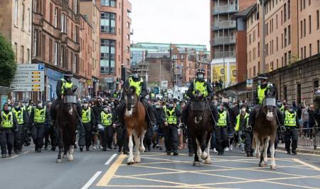 Police Scotland facilitate BLM mob during lockdown