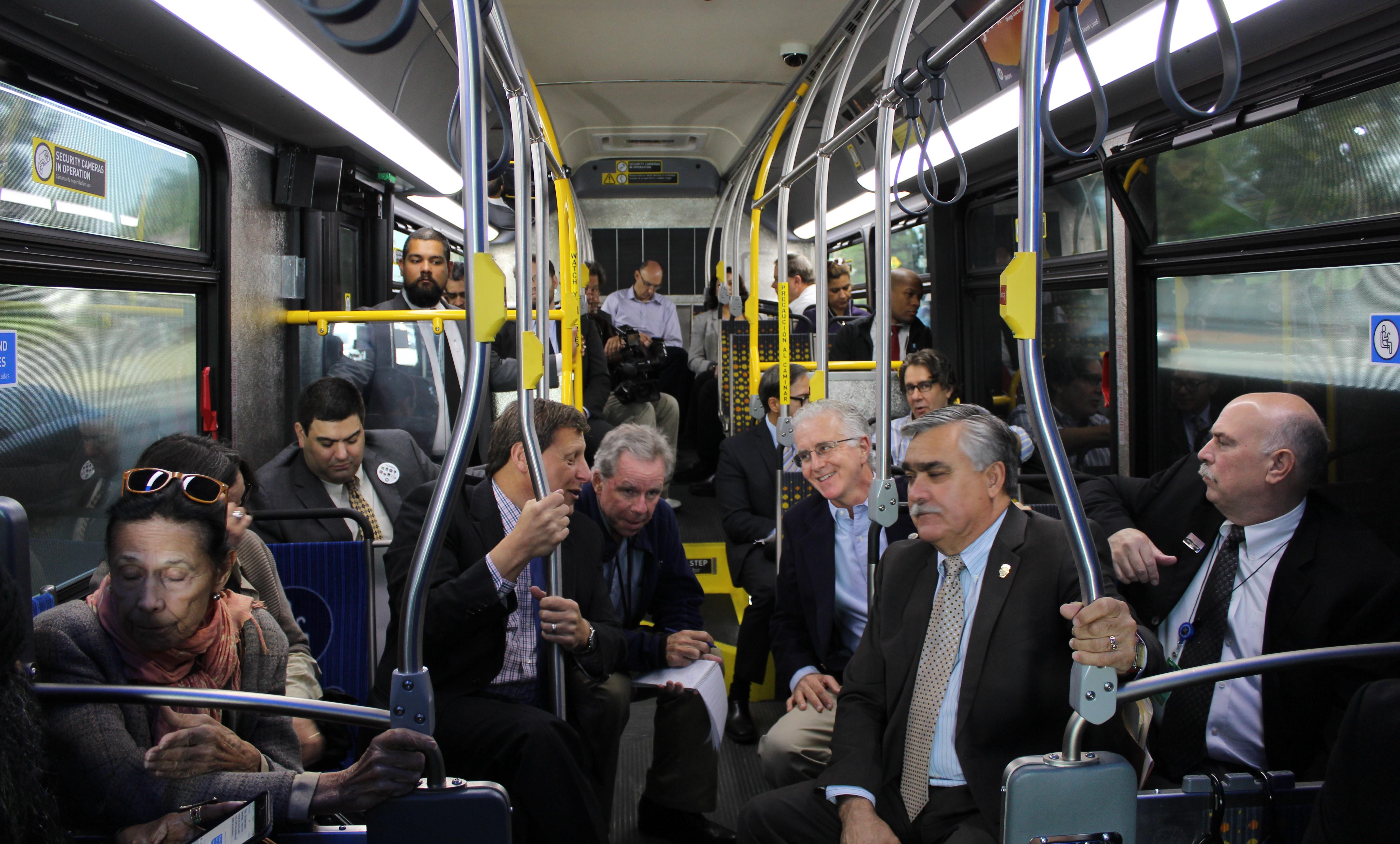 pk_on_501_bus_metro.jpg
