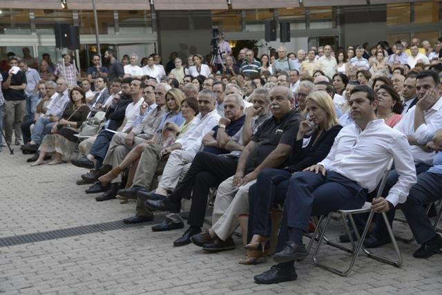 Eleftheriadis_Psimenos_Tsipras.jpg