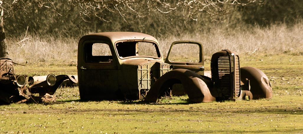 171121_rusted_car_Devra_1026.jpg