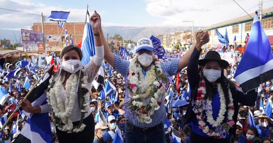 Bolivie-LuchoArce.jpg