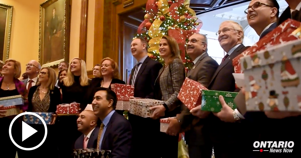 MPPs from All Parties came Together to Donate to the Shoebox Project