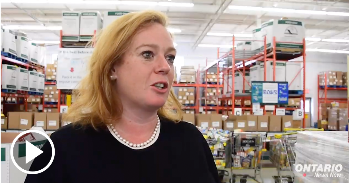 Social Services Minister Lisa MacLeod Joined Local MPPs at the Mississauga Food Bank