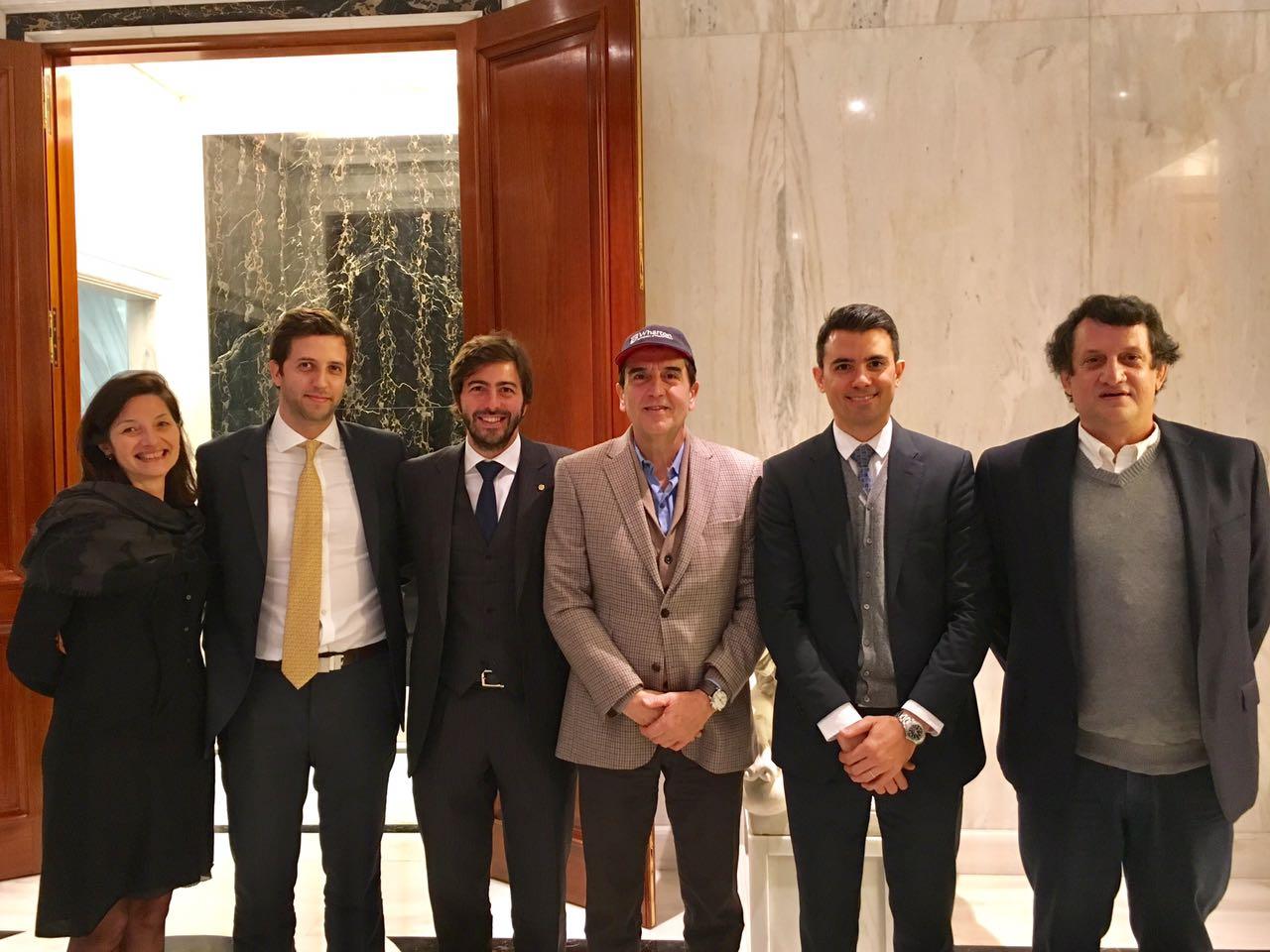 Adriana Butorac, Felipe Fernandez Aramburu, Juan Pereyra Iraola, Carlos Melconian, Matias Rosetto y Pedro Chavance