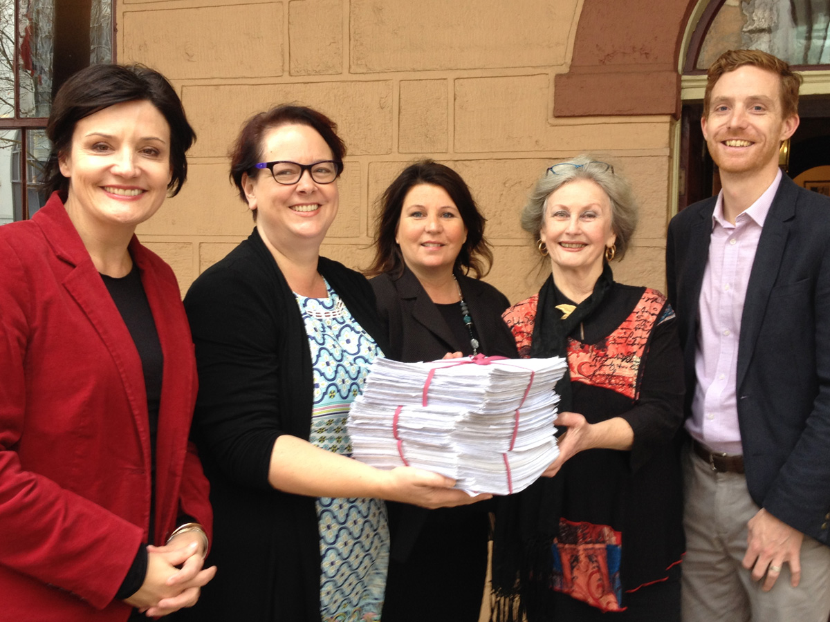 Ballina-koala-petition-handover.jpg
