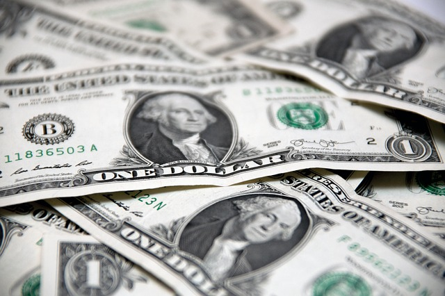 money-2250365_640.jpg