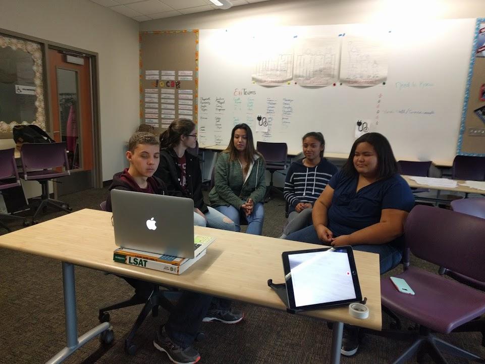 Del_Lago_Scholars.jpg
