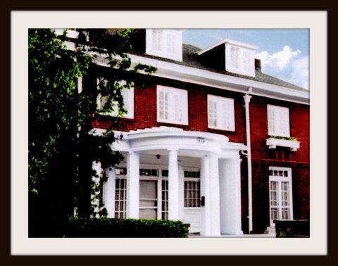 Old_Frat_House.JPG