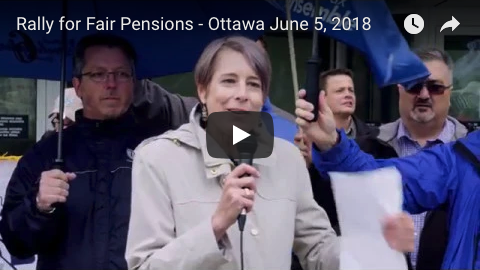 Debi Daviau speaks at the Rally for Fair pensions