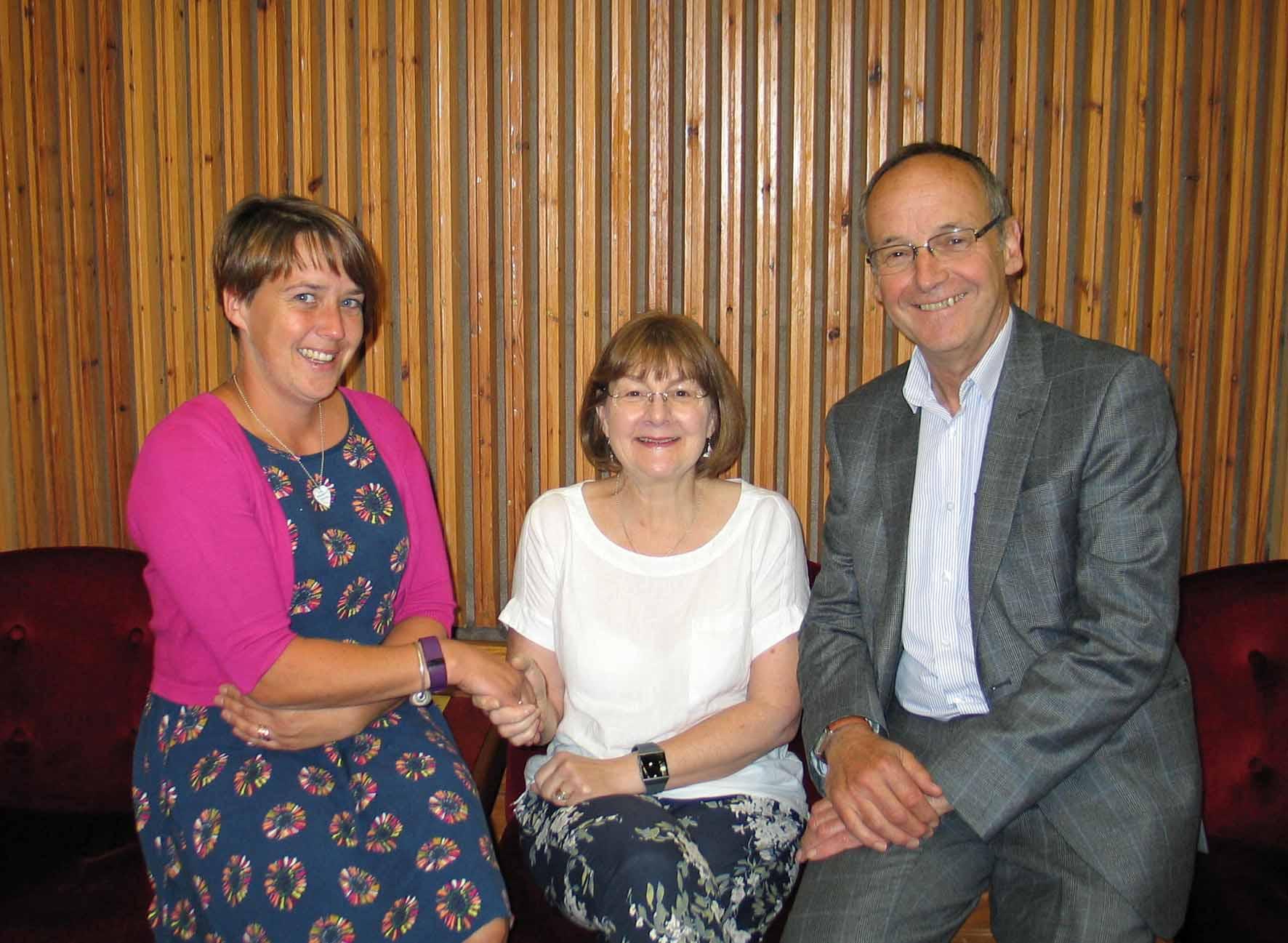 Outgoing chair, Cllr Sian Hughes, Morfa Nefyn welcomes Glyder Cllr Elin Walker-Jones as new chair, with Plaid Gwynedd Leader, Cllr Dyfrig Siencyn pictured