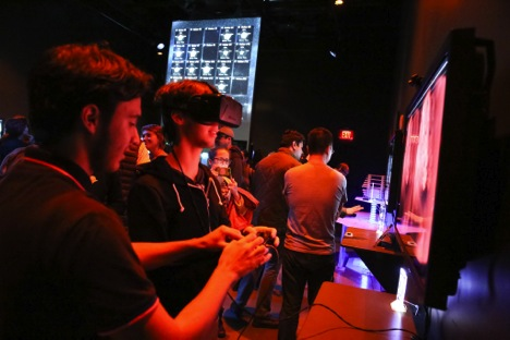 A visitor navigates the brain's maze of blood vessels using an Oculus Rift virtual reality headset. Photo courtesy of Anja Ulfeldt.