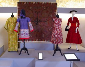 Paisley display from the first exhibition at the Fashion History Museum <i>Paisley and Plaid: Recurring Patterns in Fashion</i>.
