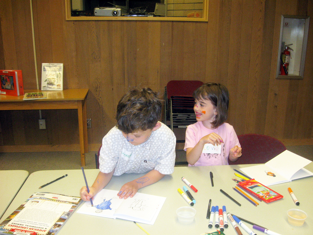 Children enjoying the Art Out of the Box program at the Hennepin County LIbrary. Photo courtesy of MIA.