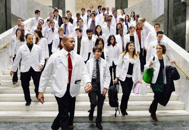 Med_Students_Lobby_Day.jpg
