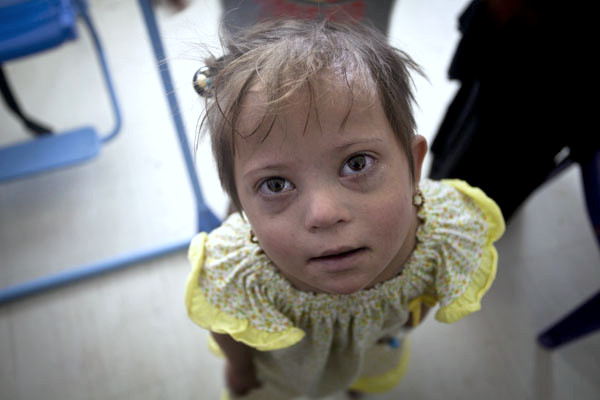 Noor, a little Iraqi girl, waits for her heart-surgery patiently during Remedy Mission V, she wasn't able to receive one then, but RMVI is here and she's ready for her surgery!