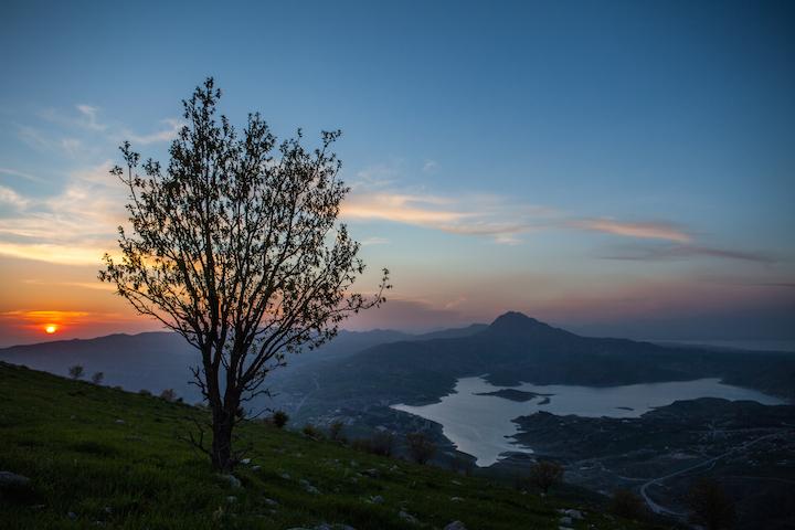 Lake Dukan at sunset