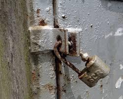 rusty_lock.jpg
