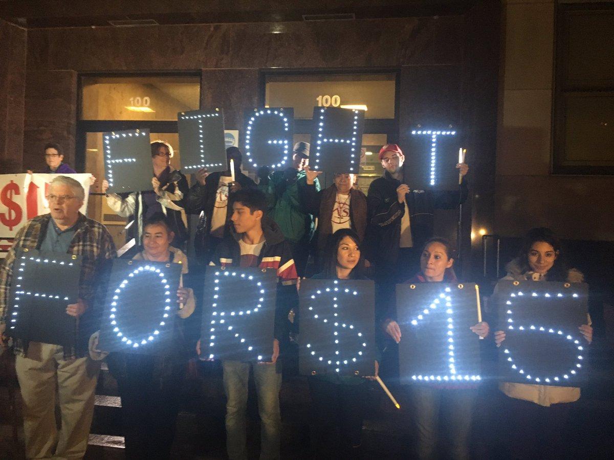 FF15_Lights_at_Vigil.jpg