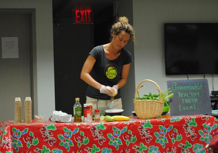Making_Salad.jpg