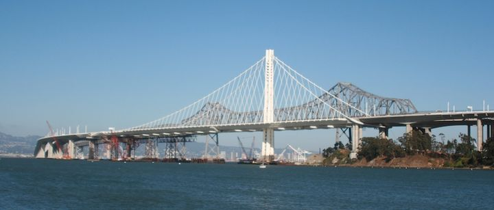 SF_Bay_Bridge--new_bridge_in_front_of_old_(1).jpg