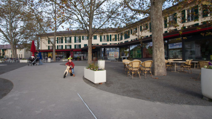 La bourse se déroulera sur la belle place du village de Confignon
