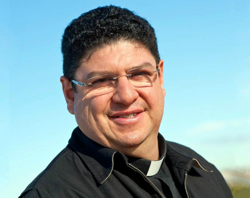 Fr._Ronald_Enciso.jpg