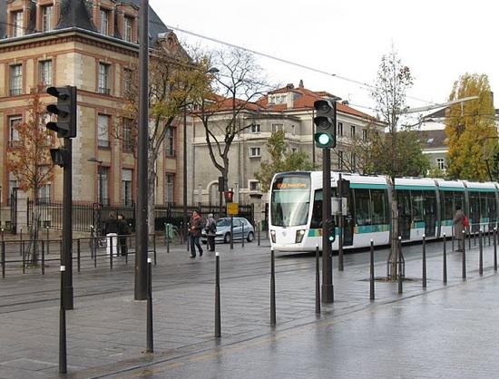pedestrian_parisuniversity.jpg