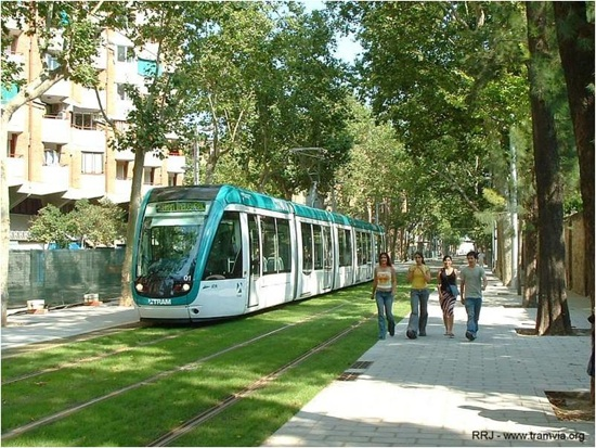 green-tracks_Barcelona.jpg
