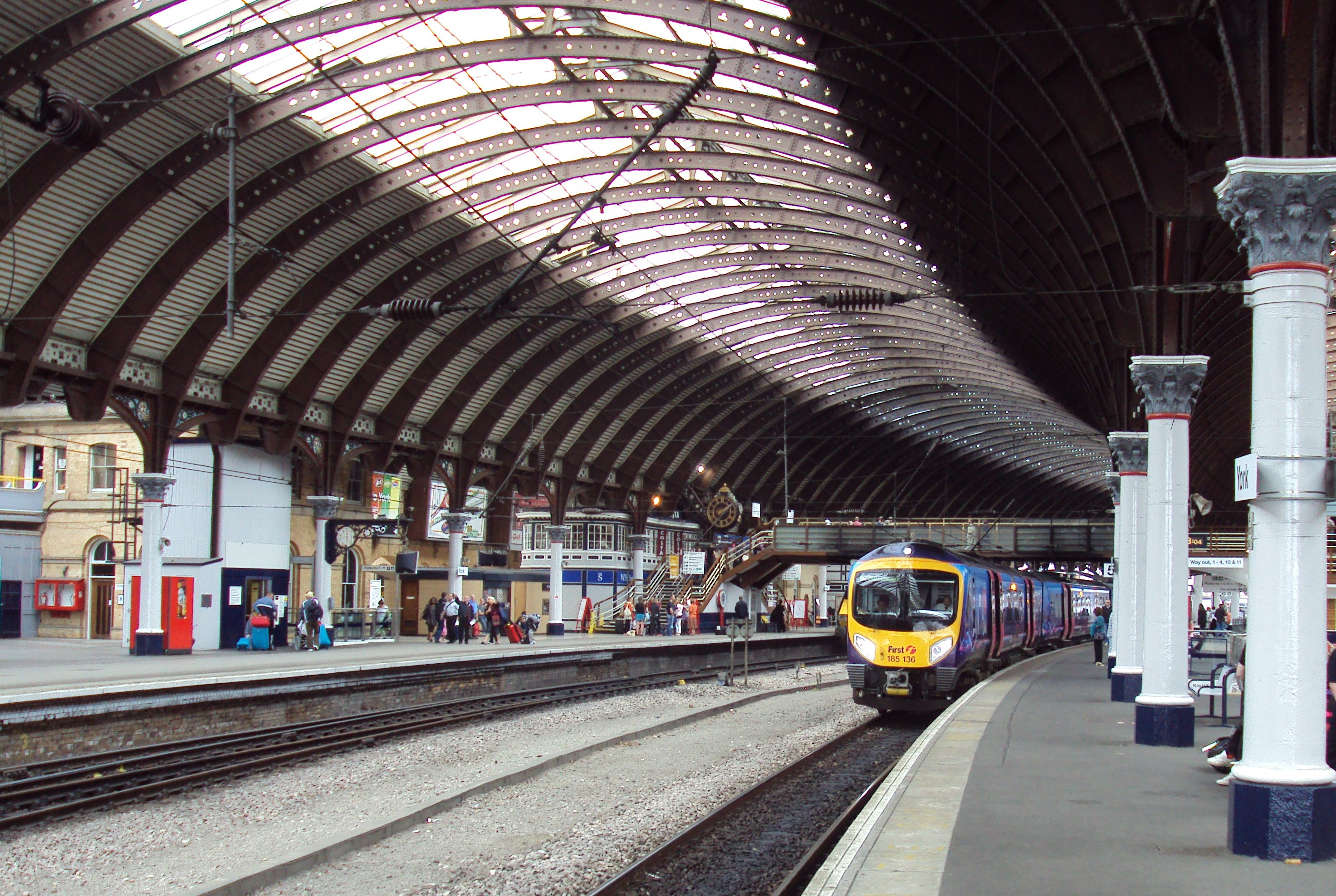 York_railway_station.JPG