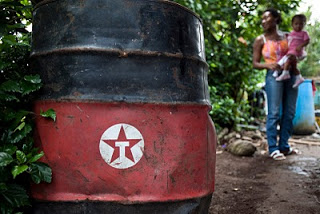 Texaco barrel Photo by Caroline Bennett