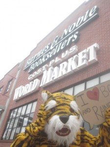 Tiki the Tiger in front of Barnes and Nobles Bookstore with a sign reading