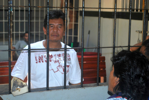Pak Suez in jail