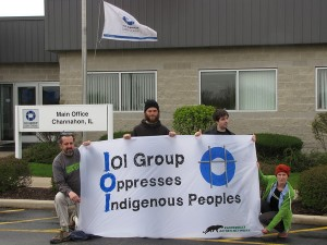 A Group of Activists Delivered a Powerful Message to IOI Monday Morning at Their Chicago HQ