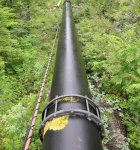 Pipeline photo by Flickr user zieak
