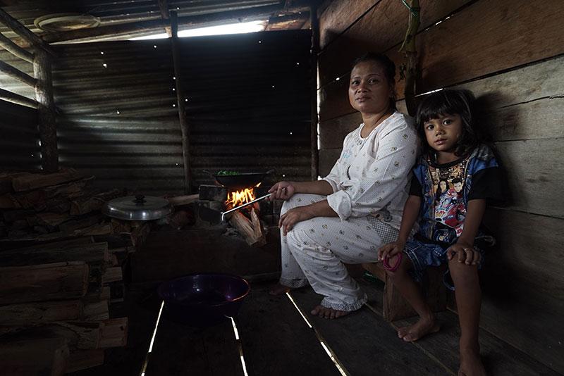 Yulmanesni, Indra Pelani's adopted mother