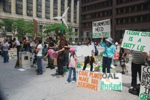Chicago environmental justice groups protest coal-fired power in their city