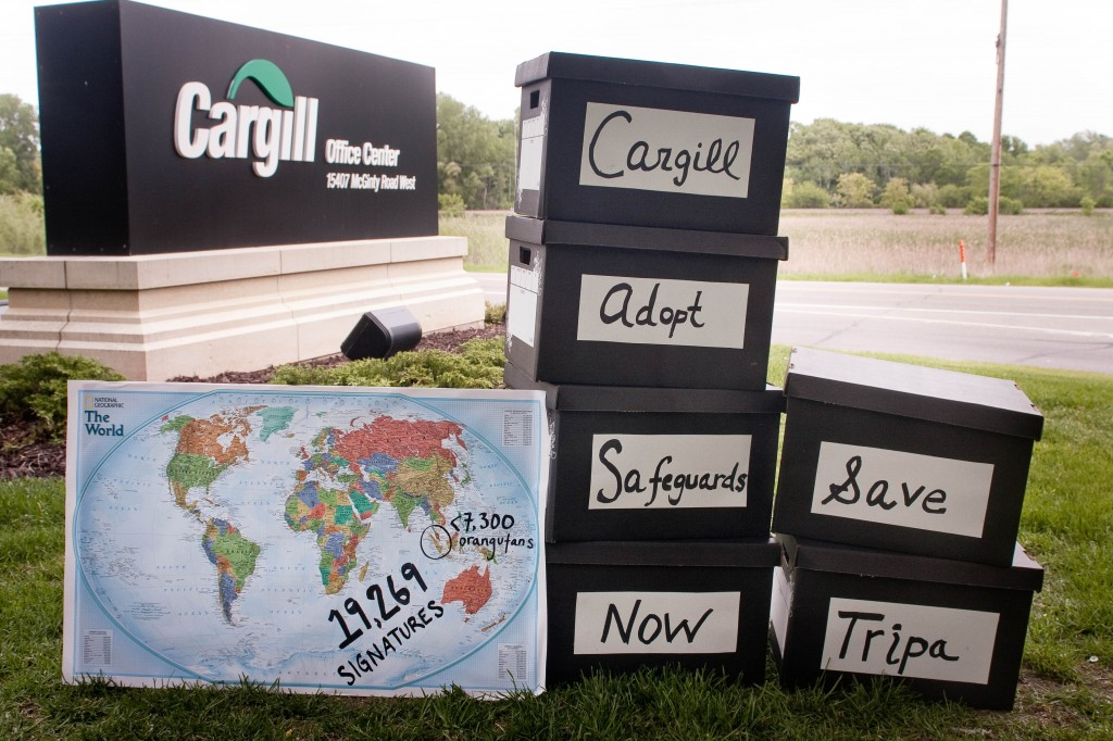 Petition Delivery to Cargill