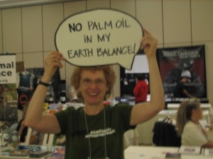 Activists at Animal Rights 2009 send a message to Earth Balance