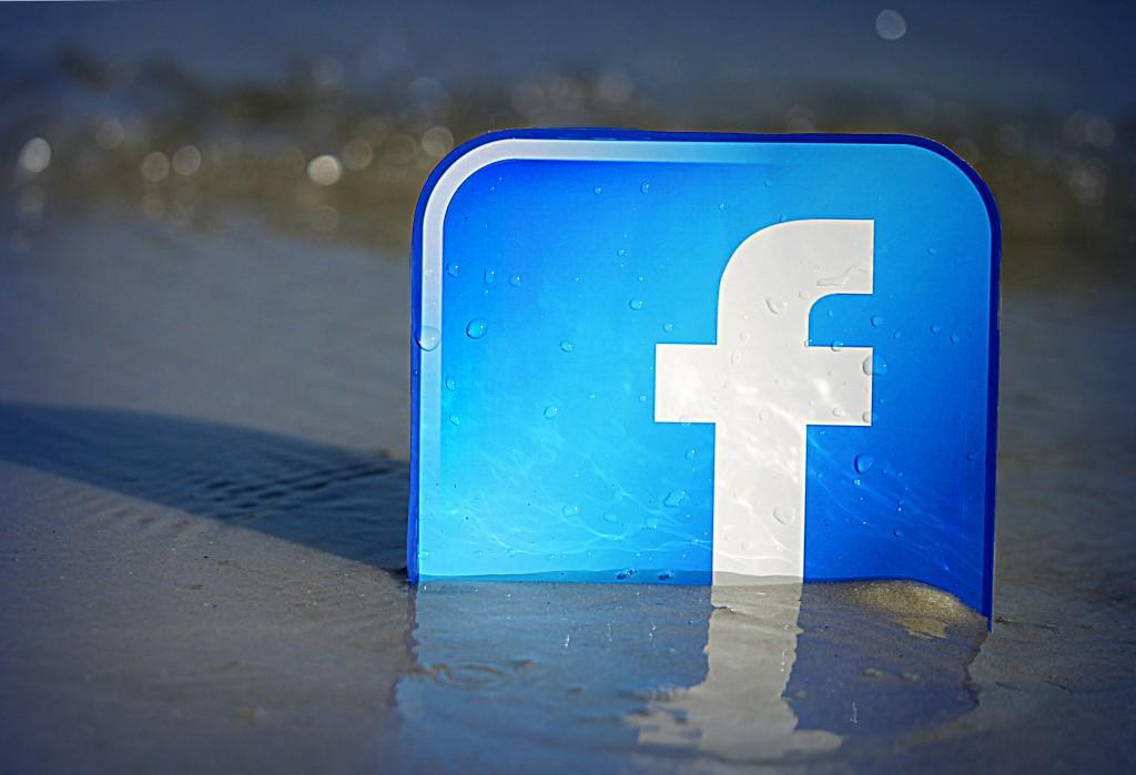 facebook_-1024x699.jpg