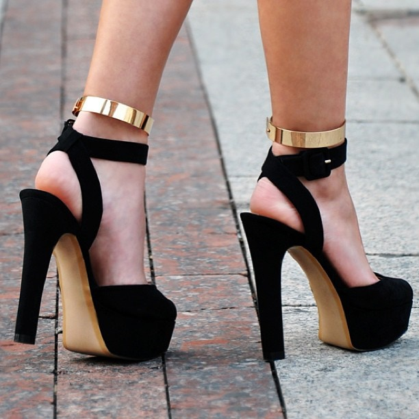 Heels-for-Blogs.jpg