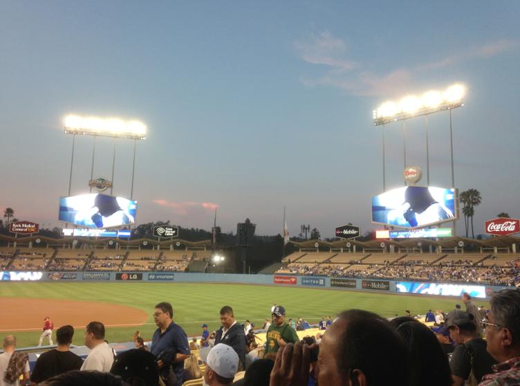 Dodger_Stadium_Video_Boards_2012_Renovation.png