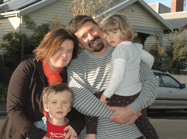 Geelong-family-go-solar.png