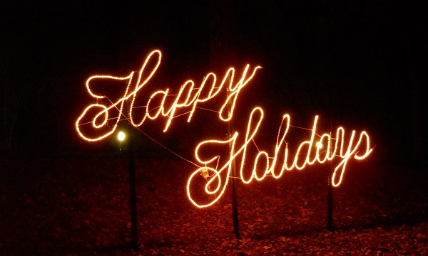 Happy_Holidays_600x300.jpg